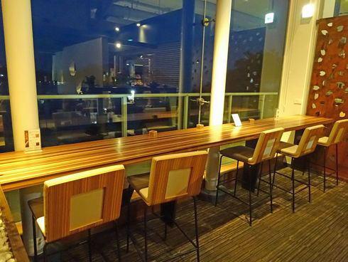 風のレストランの店内2