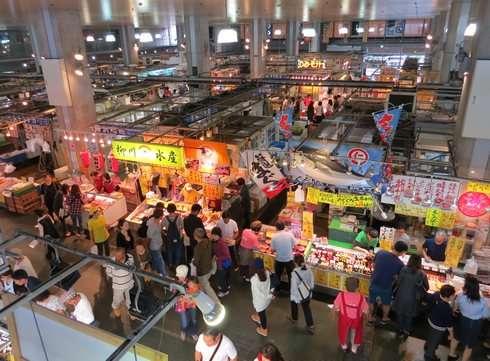 山口県 下関・唐戸市場の風景