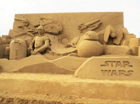 スターウォーズが映画公開前に鳥取砂丘に出現!