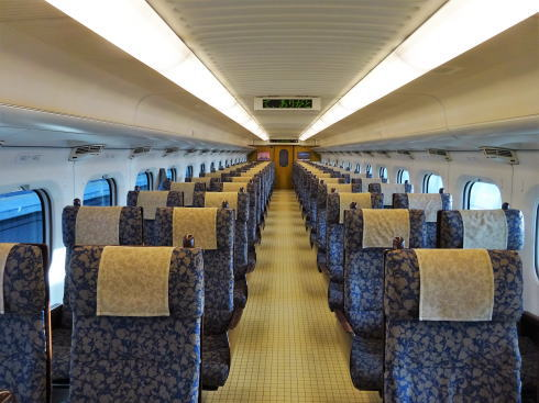 九州新幹線 800系新幹線 シートの写真3