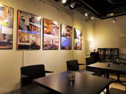 岡山 旧日銀岡山支店のルネスホール内 公文庫カフェ 店内2