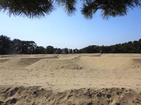香川・銭形砂絵 近くで見るとただの砂