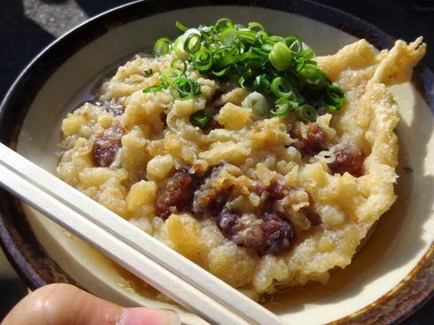 香川 がもううどん 大納言の天ぷらトッピング