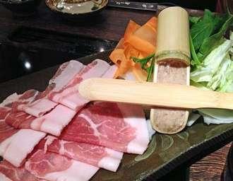 沖縄とんかつ食堂 しまぶた屋、オシャレな店内でアグー肉に舌鼓