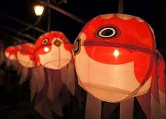 巨大金魚ねぶたが大爆走!山口で金魚ちょうちん祭り開催