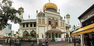 サルタンモスク、シンガポール最大のイスラム寺院は観光客も見学OK