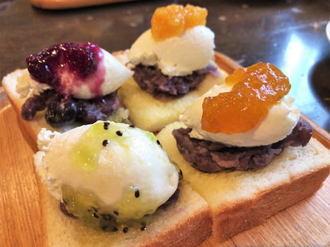 コーヒーハウス KAKO(かこ)花車本店、名古屋モーニング「小倉トースト」を昭和レトロな店内で