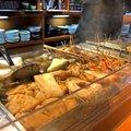 金沢おでん人気店・三幸で、車麩やバイ貝などユニークな「おでん種」を味わう!