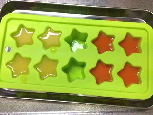 ダイソーのシリコン製氷皿でシャーベット