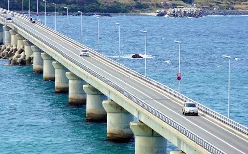 角島大橋の直線