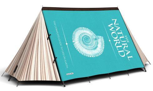 巨大な本の形をしたテント