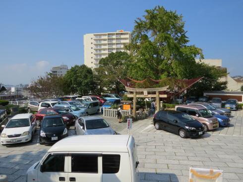 下関 亀山八幡宮の「お亀明神」 外観