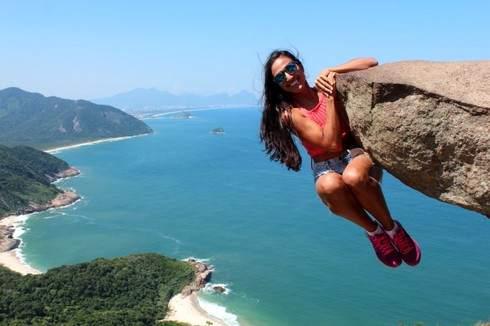 リオデジャネイロのペドラ ブランカ州立公園、断崖にスリリングな写真スポットを求めて