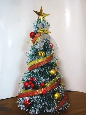 100円均一でクリスマスツリーのオーナメント 画像3