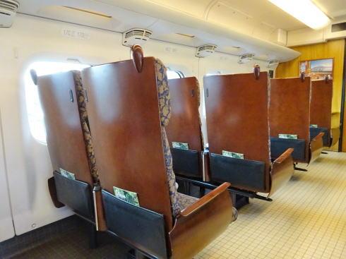 九州新幹線 800系新幹線 シートの写真2