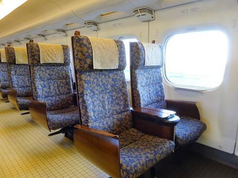 九州新幹線 800系新幹線 シートの写真