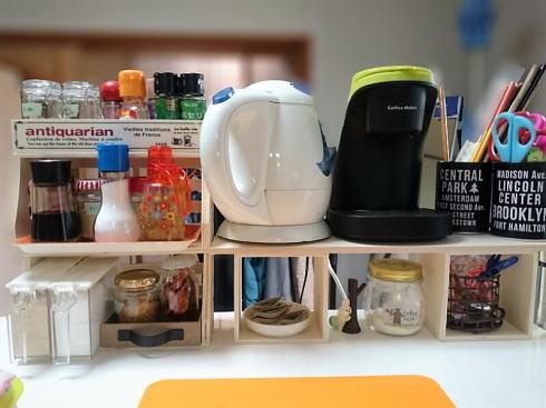 キッチン整理・収納棚とスパイスラック