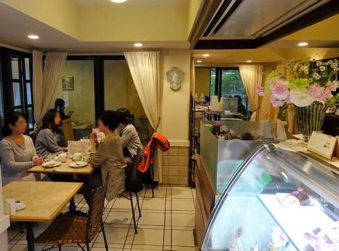 岡山 スーリィラセーヌ 店内の様子2
