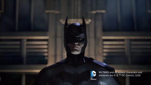 エスクァイアのCMでトレンディ斎藤さんとバットマン
