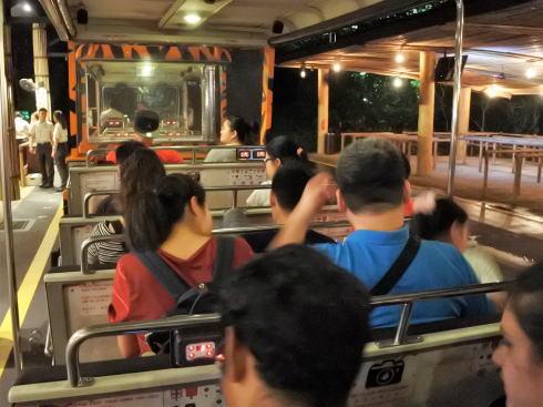 シンガポール ナイトサファリのトラム