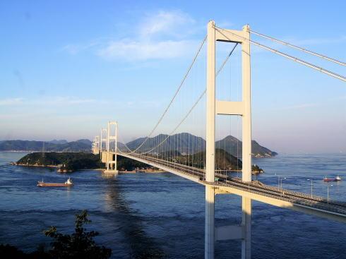 糸山公園から見る来島海峡大橋 全景