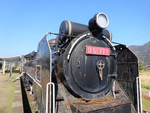 島根 旧大社駅 にあるD51形機関車