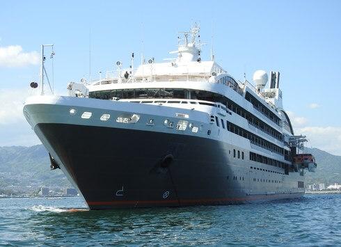 美食のクルーズ船、ロストラル