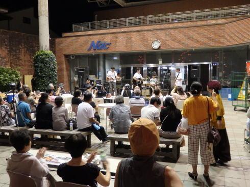 山口七夕ちょうちんまつり アーケードで音楽ライブ