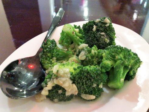 シンガポール レッドハウス 季節の野菜のガーリックソース