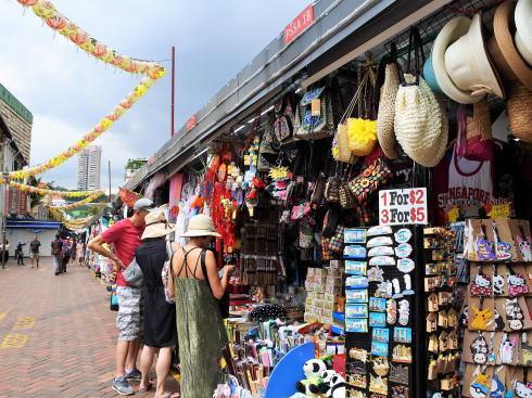 シンガポール チャイナタウン パゴダストリートの風景2