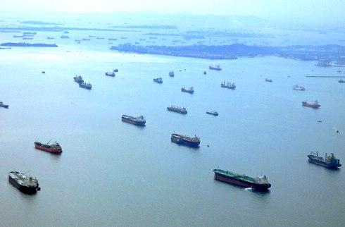 マラッカ・シンガポール海峡は、日本の「生命線」