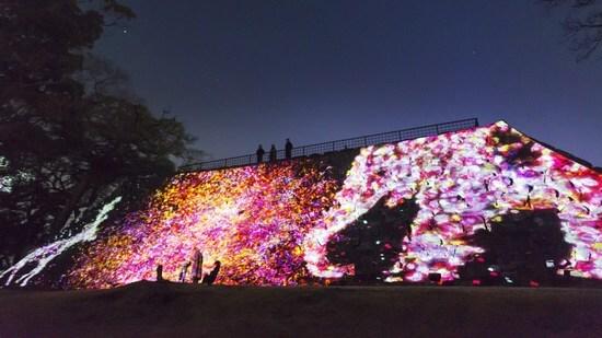 福岡城でチームラボ 光の祭