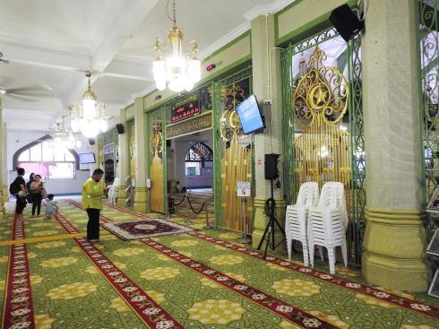 サルタンモスク(シンガポール)見学者の立ち入り可能エリア