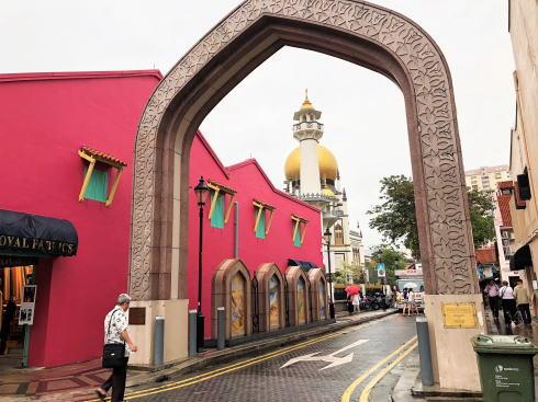 サルタンモスク(シンガポール)アラブストリート側から見る