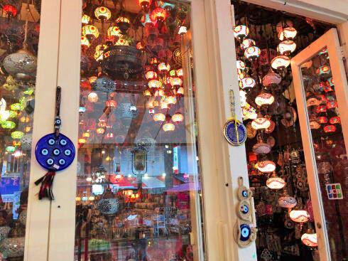 シンガポール アラブストリート(カンポングラム)ランプの店