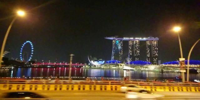 シンガポール キラキラ夜景バスツアー