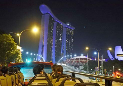 シンガポール夜景バスツアー、マリーナベイサンズも