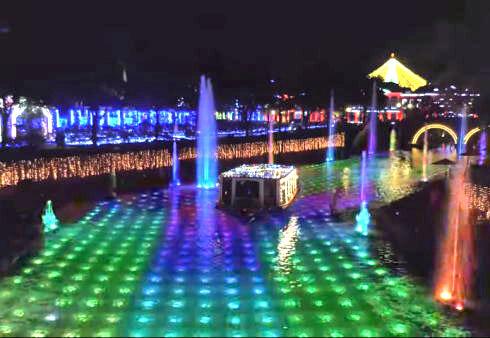 ハウステンボスのイルミネーション「光の王国」 運河
