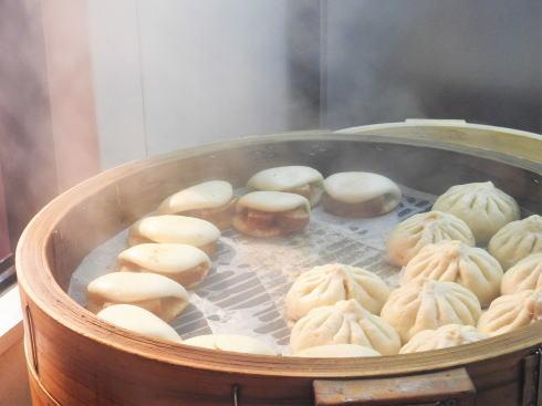 長崎ランタンフェスティバル 中華街食べ歩きも