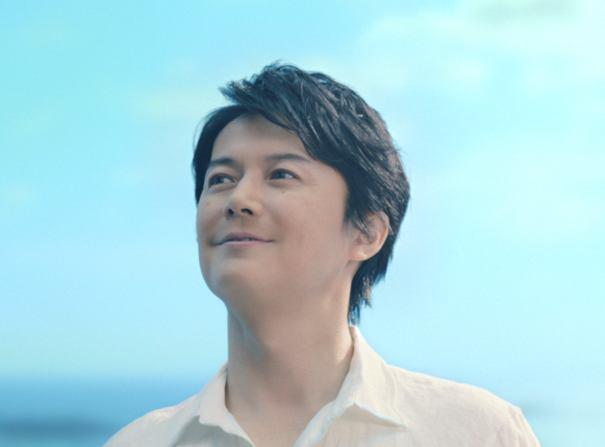 福山雅治、故郷・長崎のPRムービーに出演で「島になる」?!