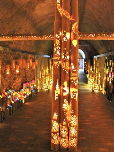 福岡県八女市 「竹あかり幻想の世界」竹灯籠 アート