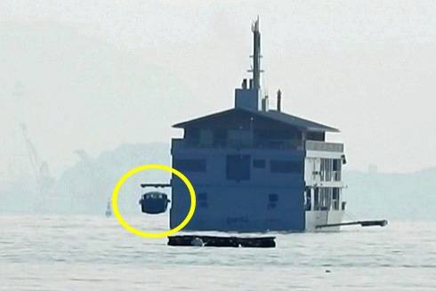 ガンツウの中にボートを収める