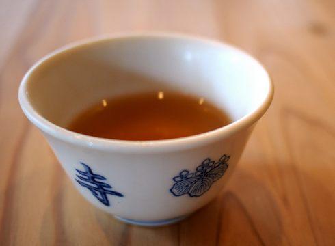 緑茶を保温ポットに入れたら茶色く変色