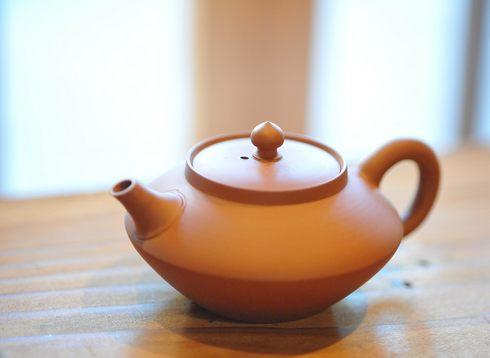緑茶がステンレスボトルで赤茶色に変色するのは自然の原理