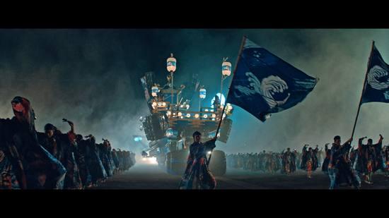 ペプシJコーラの新CM、石川さゆりが祭りの神輿やぐらで歌う姿がカッコイイ
