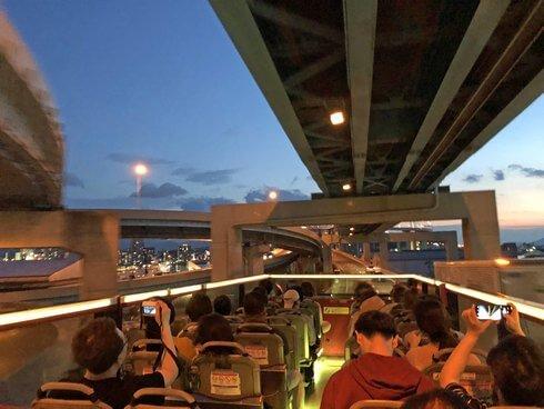 福岡オープントップバス、高速道路に入る