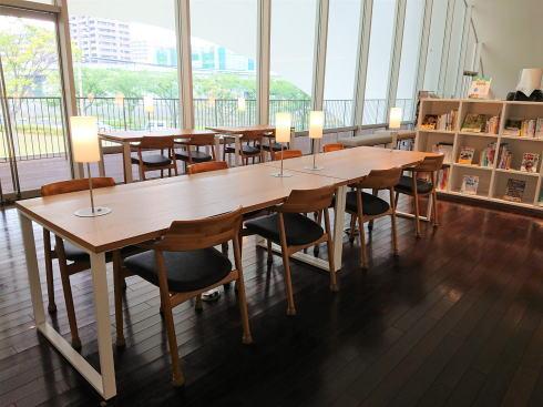 福岡県北九州市 TOTOミュージアムライブラリー