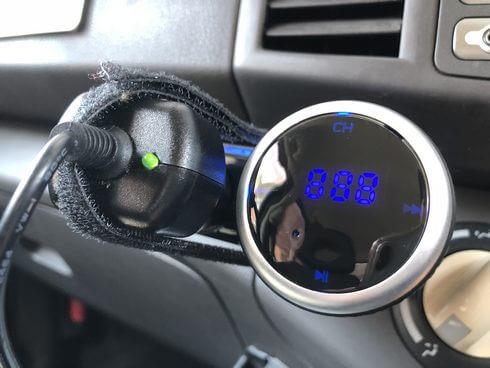 FMトランスミッター 車でスマホの音を聞く方法