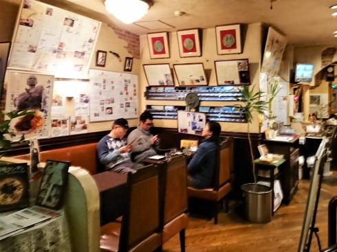 長崎 ツル茶ん 店内の様子