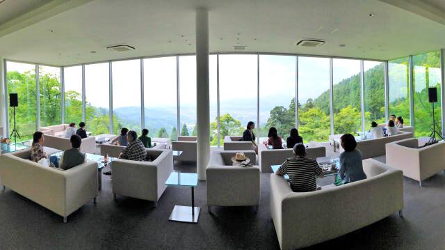 福岡絶景カフェ 茶房わらび野 店内の様子